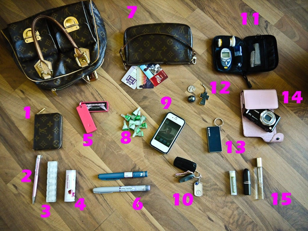 Whats-In-My-Bag21