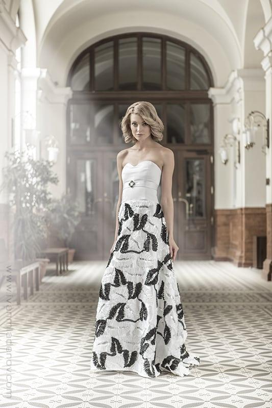 Svatební šaty Zuzany Černé. Zdroj: odevnistudio.cz